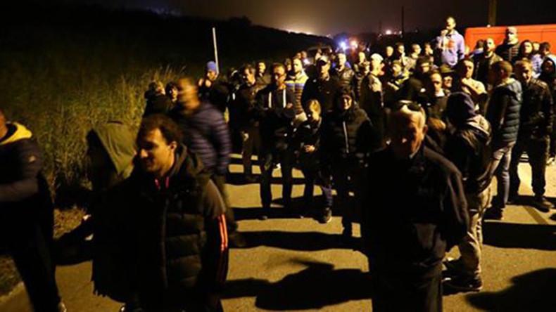 'We don't want them here': Italian commune blocks arrival of 12 migrant women & kids