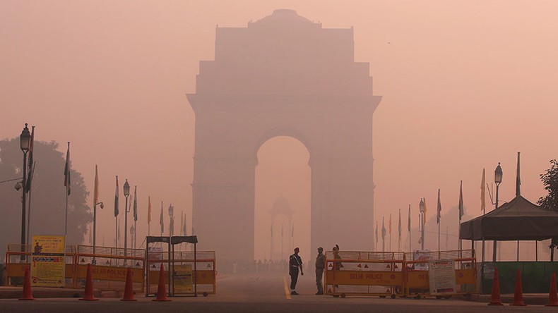 Delhi chokes as air pollution levels jump to 35 times safe limits
