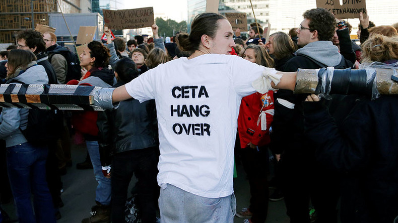 'CETA another nail in the coffin of European democracy'