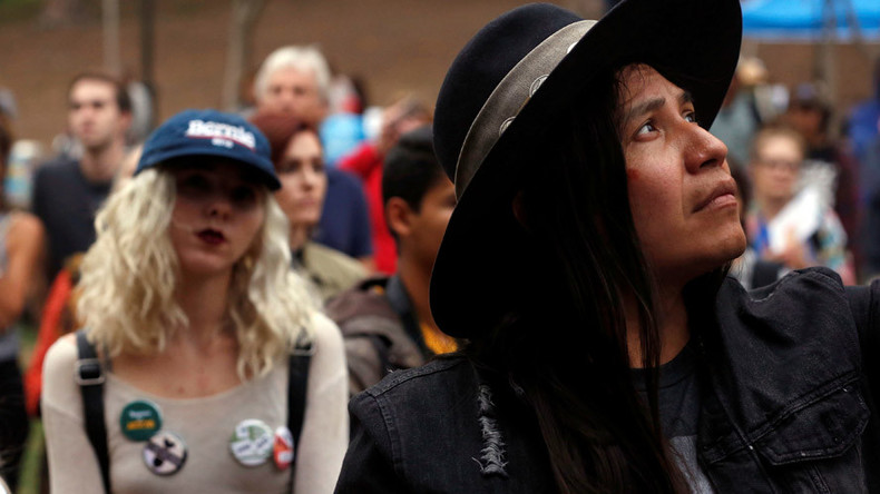 Status symbol: Dakota pipeline protest Facebook check-ins fail to 'confuse' police