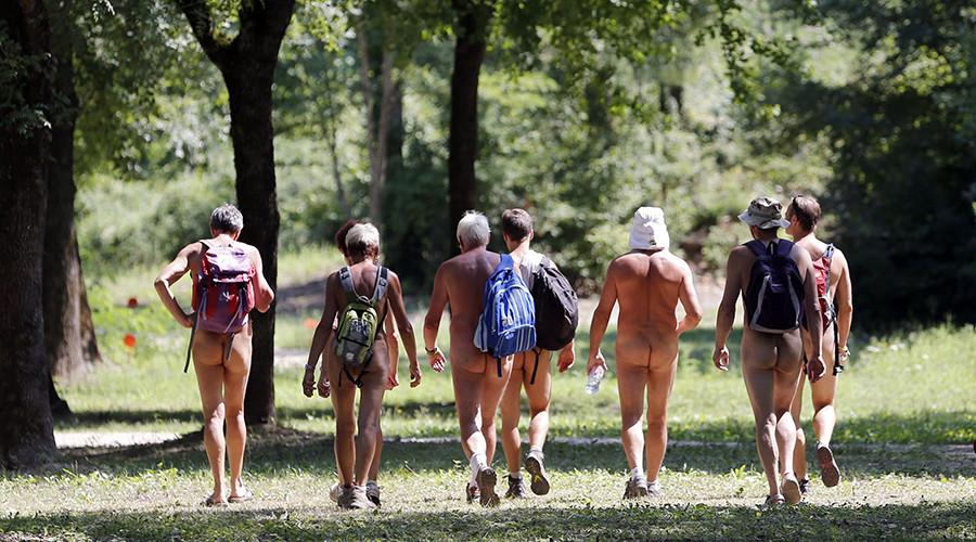 Au naturel! Paris museum opens doors to art-loving nudists