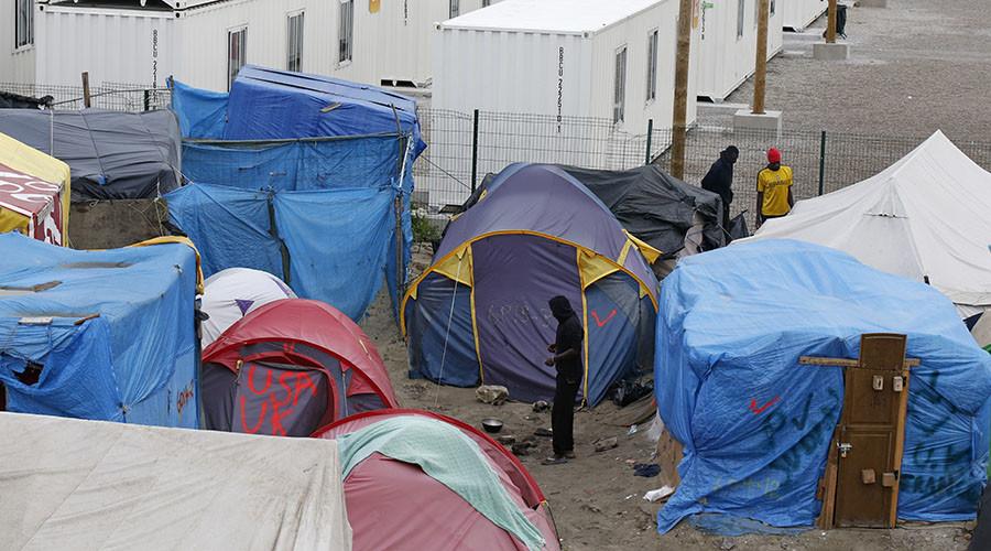 Calais mayor fails to stop construction of 'Great Wall' of Calais