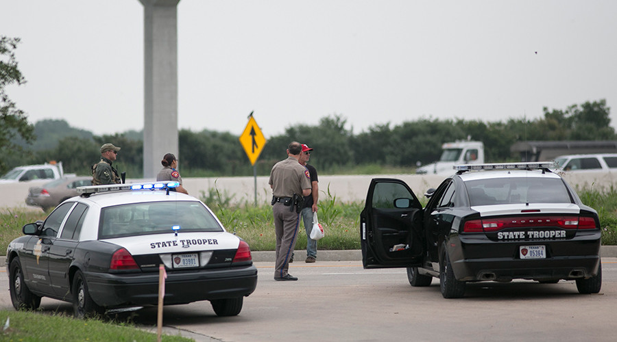 Texas lawmakers want schools to teach kids how to behave during traffic stops