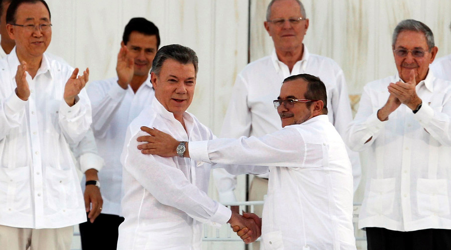 FARC rebels exchange weapons for words in historic Colombian election (VIDEO)