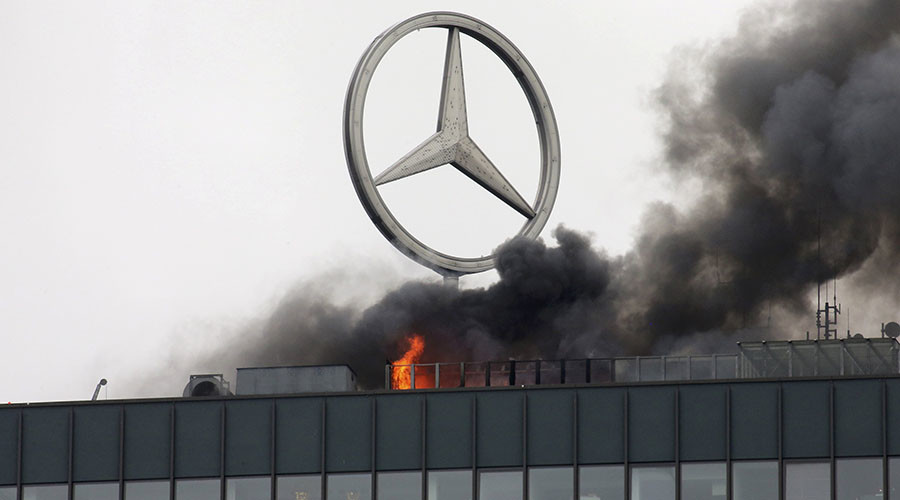 Fire breaks out in Berlin's landmark Europa-Center tower