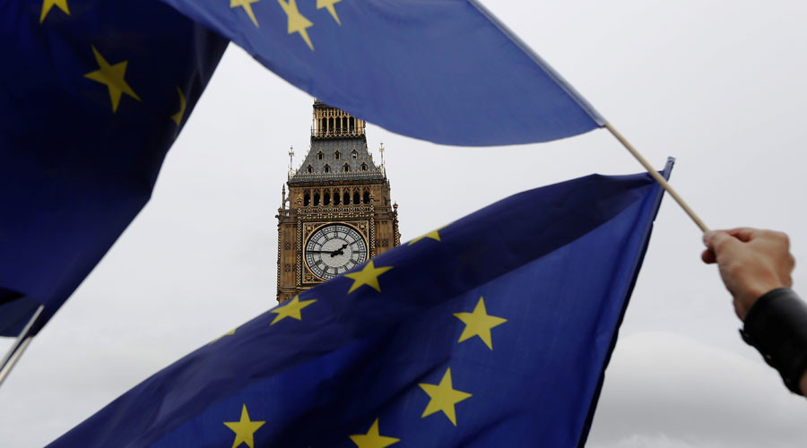 'Hard Brexit' taken to High Court, as EU citizens still in the dark about negotiations (VIDEO)