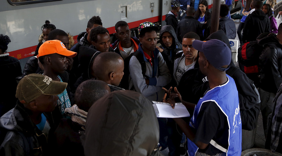 Up to 90% of rejected asylum seekers cannot be deported from Austria – Defense minister