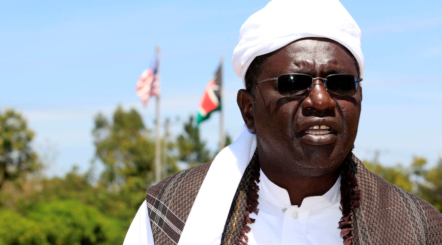 Obama's Trump-supporting half-brother to attend #Debate2016 as guest of The Donald
