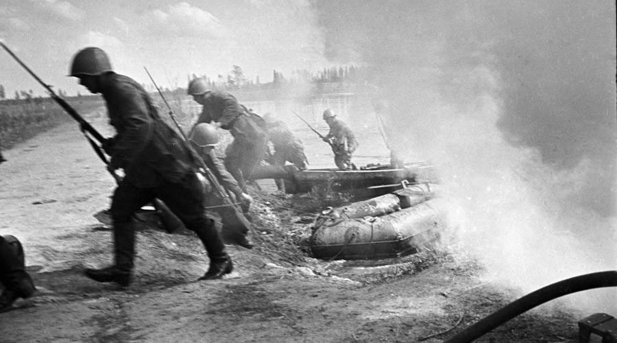 Now Ukraine's delusional politicians say Soviet Union started WW2