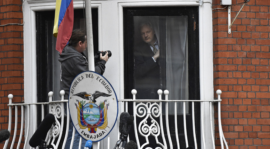 'Proof of life': WikiLeaks asks internet for best way to debunk Assange death rumors (POLL)