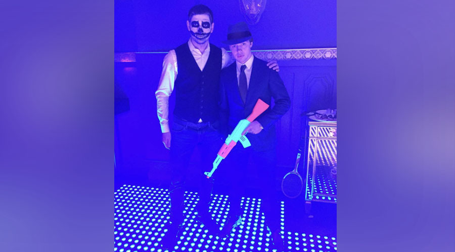 Neon AK-47: How Russian young guns celebrate Halloween (PHOTOS)