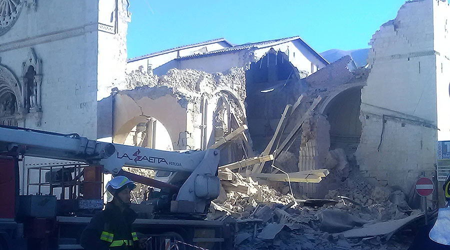 Italy trembles: Over 200 aftershocks follow devastating earthquake (PHOTOS, VIDEOS)