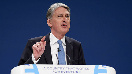 Britain's Chancellor of the Exchequer Philip Hammond speaks at the Conservative Party conference in Birmingham, Britain October 3, 2016. © Toby Melville