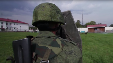 Drills in 360: Russian National Guard hone skills in military exercises