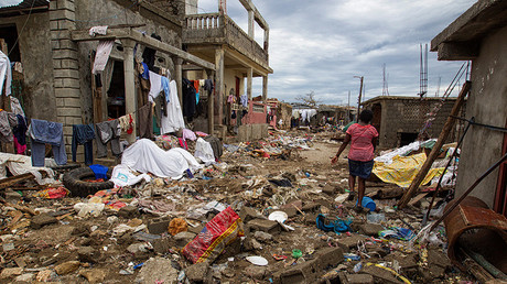 Clean up from Hurricane Matthew continues in Jeremie, Haiti, October 6, 2016. © Logan Abassi