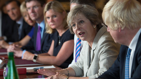 Theresa May holds a cabinet meeting at the Prime Minister's country retreat Chequers in Buckinghamshire to discuss department-by-department Brexit action plans, Britain August 31, 2016 © Stefan Rousseau