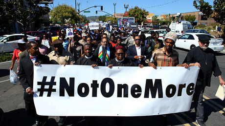 'Civil unrest': Demonstrators gather in El Cajon after memorial of Alfred Olango removed (VIDEOS)