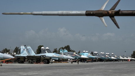 Su-34 multifunctional strike bombers at the Hmeimim airbase in the Latakia Governorate of Syria. © Ramil Sitdikov