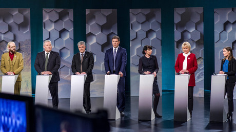 (L-R): Ottarr Proppe, Prime Minister Sigmurdur Ingi Johannsson, Benedikt Johannesson,  Bjarni Benediktsson, Birgitta Jonsdottir, Oddny G. Hardardottir and Katrin Jakobsdottir take part in a debate ahead of parliamentary elections, October 28, 2016. © Geirix