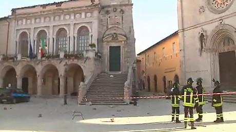'I saw hell': Norcia 6.6 earthquake devastates historic churches & buildings (PHOTOS, VIDEOS)
