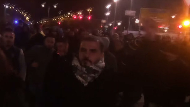 Kurds take to streets of Europe after late night arrest of Turkish opposition party leaders (VIDEO)