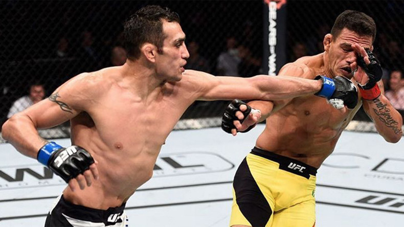 Tony Ferguson beats Rafael dos Anjos in UFC Mexico clash