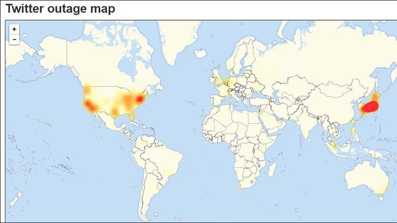 Twitter briefly down worldwide