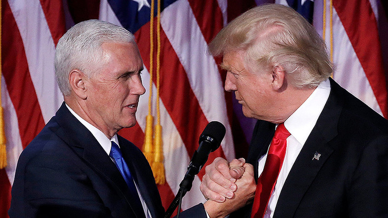 Mike Pence to head Trump's transition team, replacing Chris Christie
