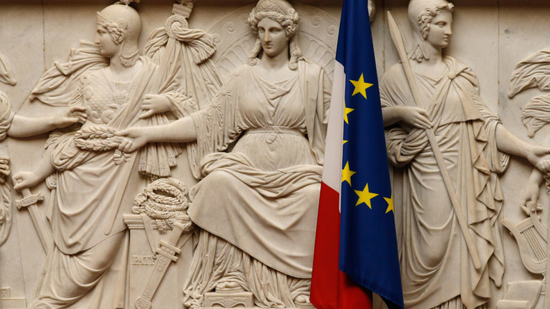 Europe could die, French PM Manuel Valls warns in Berlin