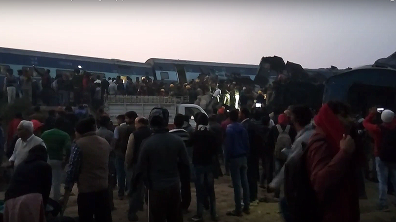 Over 100 people dead, scores injured as train derails in India (PHOTOS)