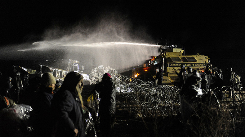 Standoff continues over Dakota pipeline protests