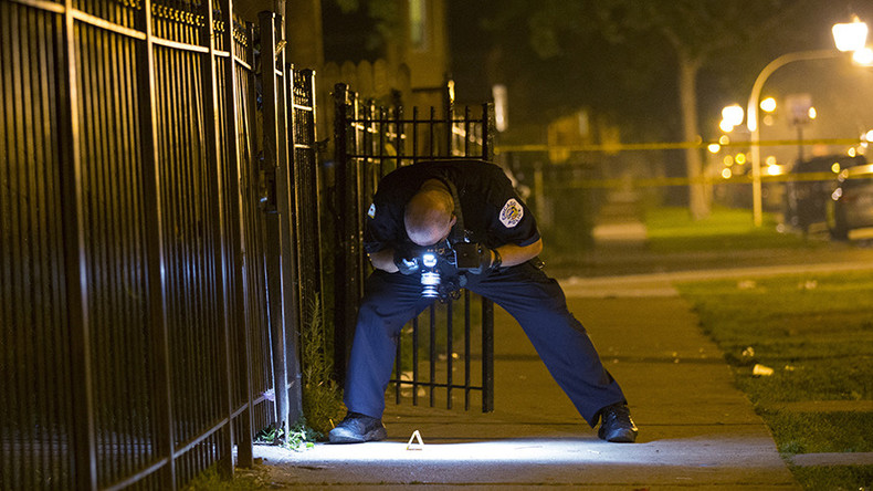 Chicago cop kills teen, claims he had gun, no weapon found