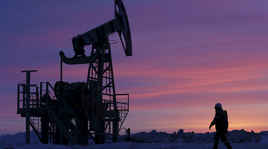 Russian oil production sets new post-Soviet record