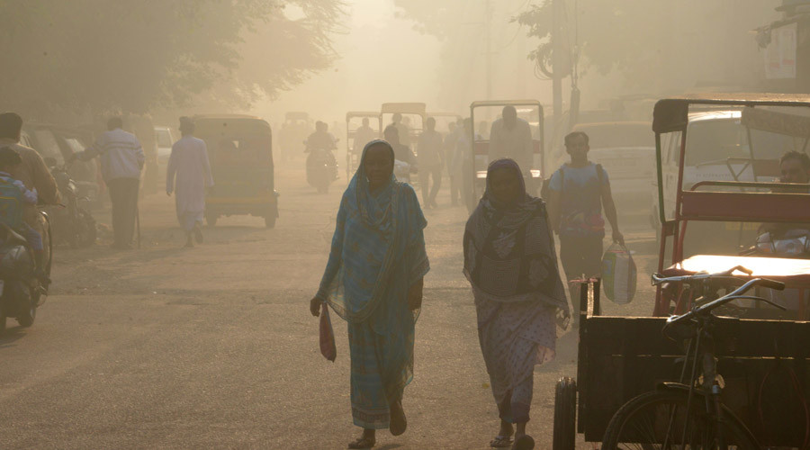 'Worst smog in 17yrs' shuts schools in New Delhi (PHOTOS)