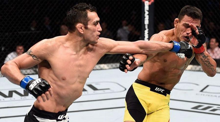Tony Ferguson beats Rafael dos Anjos in UFC Mexico clash