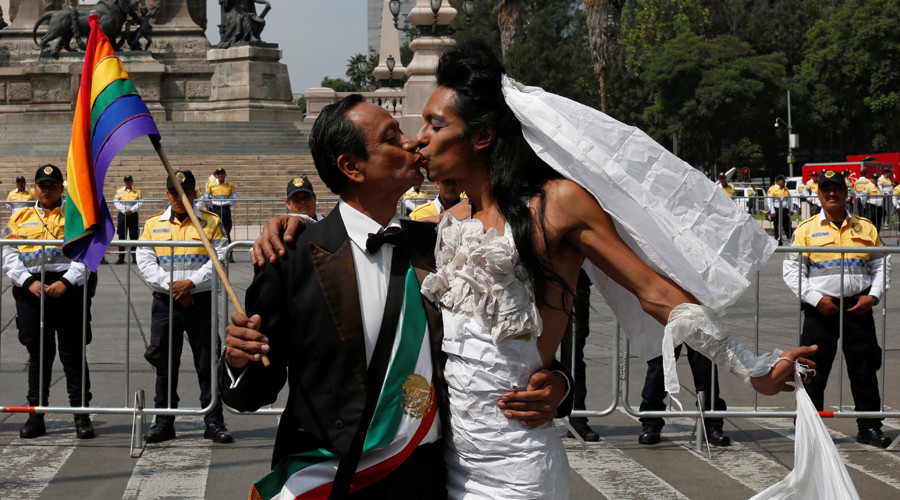 Mexican lawmakers reject president's bid to legalize gay marriage nationwide