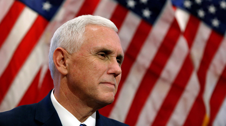Pence supporters call to #BoycottHamilton as Trump brands Broadway show 'terrible'