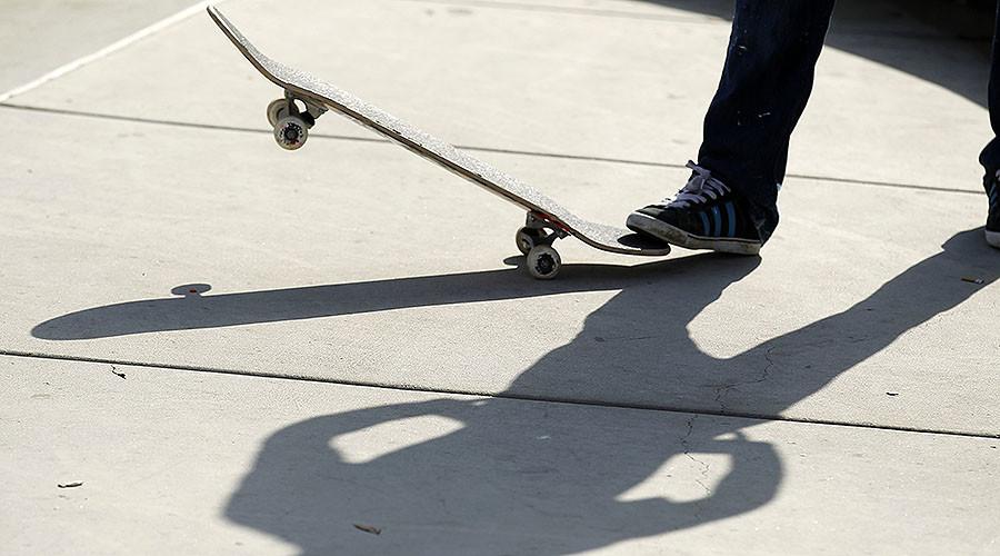 Skateboard attack leaves California cop in critical condition