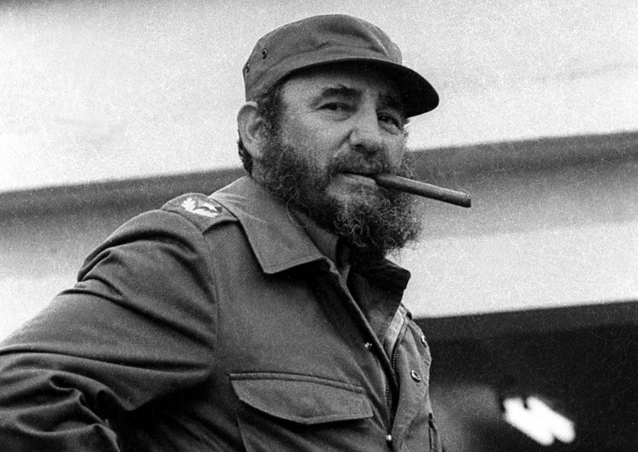 Santeria Priest Warns Cubans: Cover Heads to Stop Fidel Castro from  Possessing You