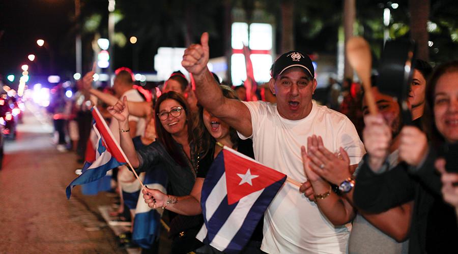 Cuban-Americans pour onto Florida streets to celebrate Castro's death (PHOTOS, VIDEOS)