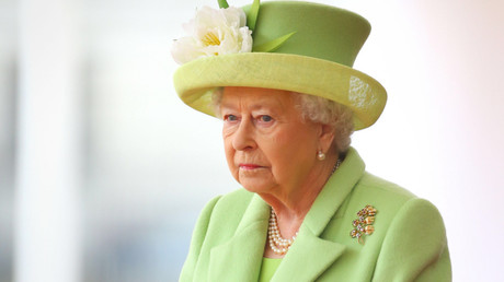 Britain's Queen Elizabeth © Gareth Fuller