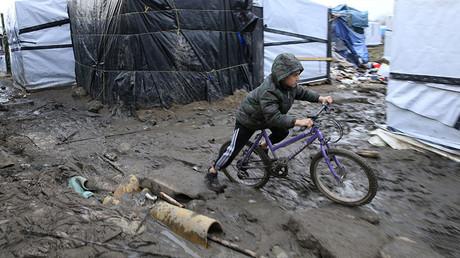 1 in 3 refugee kids vanished after Calais 'Jungle' camp demolition – charity