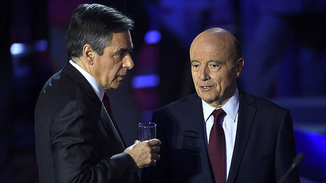 French politicians Alain Juppe (R), Francois Fillon (L) © Eric Feferberg
