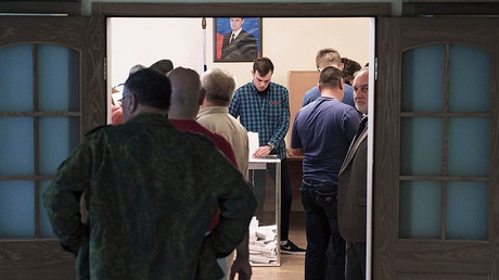 Voting at the elections to the Russian State Duma of the 7th convocation at polling station. © Tabyldy Kadyrbekov