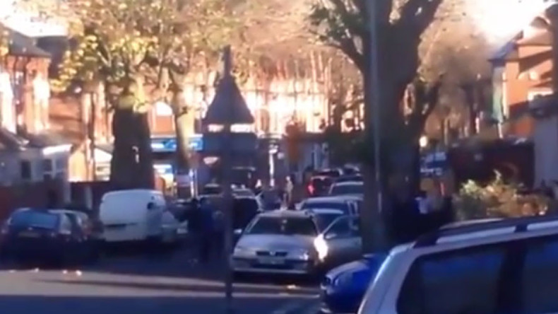 Rival gangs clash in mass brawl on Birmingham street (VIDEO)