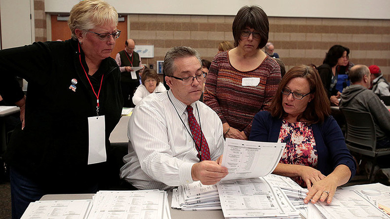 Election recount halted in Michigan, Stein plans appeal