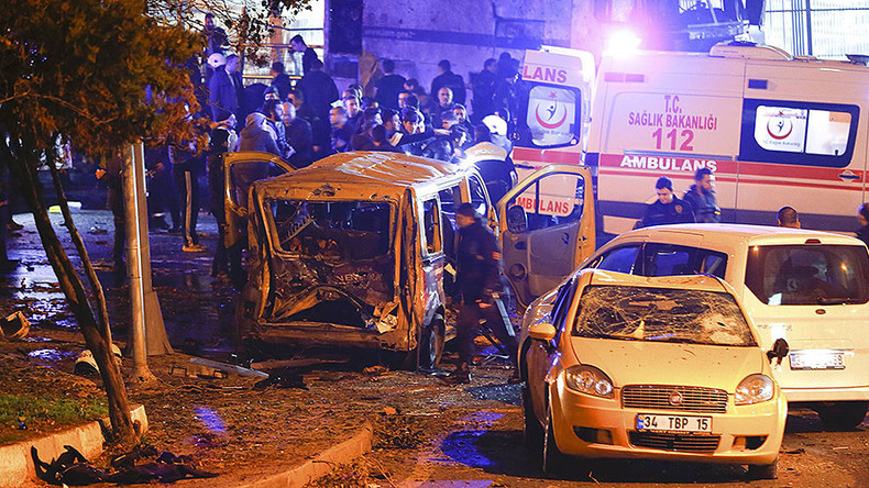 Twin Istanbul blasts kill 38, injure 155 near Besiktas stadium (VIDEOS, PHOTOS)