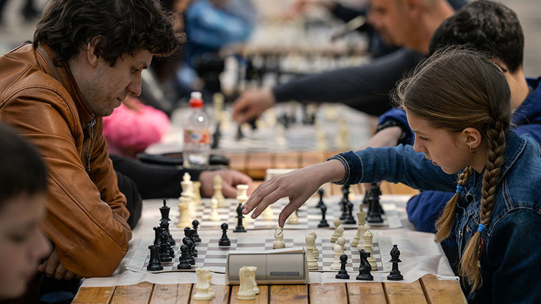 World chess president pushes initiative to make game part of Russian school program