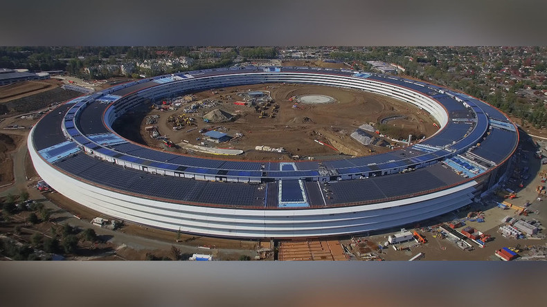 Jaw-dropping time lapse shows near-completion of Apple's new 'spaceship' campus (VIDEO)