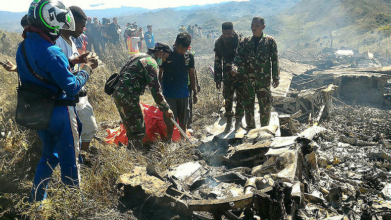 13 people killed when Indonesian C-130 cargo plane hits mountain (PHOTOS)